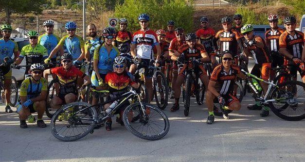 Crónica ruta MTB El Berro Sierra Espuña Senda del Agua con Los Simao Ciclos Conde y Tortugas