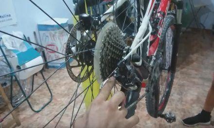 Taller de mecánica de la bicicleta impartido por Guillermo de Ciclopasión