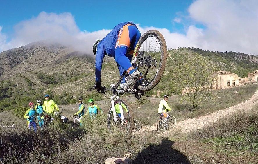 Crónica Ruta MTB Pinoso Sierra del Carche La Alberquilla con Peña Ciclista El Pinós