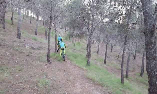 Crónica ruta MTB Molina Murcia Valle Perdido Senderos Oscuros Inicio Columnas
