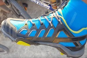 Zapatilla de MTB flexible