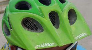 Casco Calike con visera
