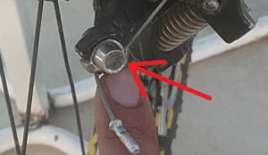 Regular y ajustar el cambio trasero de la bicicleta