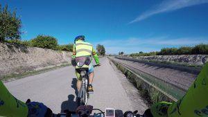 Comunitario Alino Pies Anchos en bicicleta lastrado y con picadura de pollo por Comunidad Biker MTB
