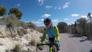Escapada de ciclista Patricia en Puerto Frío en Sierra de la Pila por Comunidad Biker MTB