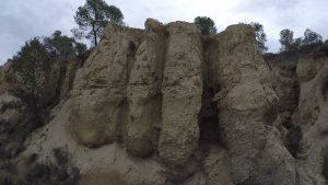 Formas caprichosas producidas por la erosión del agua en Hoya Marzo en el Rellano por Comunidad Biker MTB